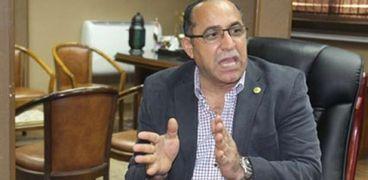 اللواء هشام أبو سنة رئيس هيئة موانى البحر الأحمر