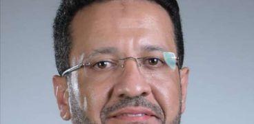 الدكتور أحمد مسعد  المتحدث باسم نقابة أطباء الأسنان