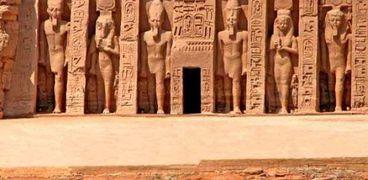 معبد أبو سمبل