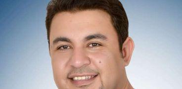 الدكتور كريم مصباح عضو مجلس نقابة الأطباء