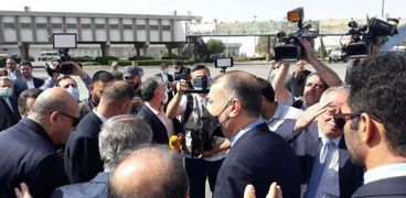 وزير الخارجية الإيراني حسين أمير عبد اللهيان خلال وصوله العاصمة السورية دمشق