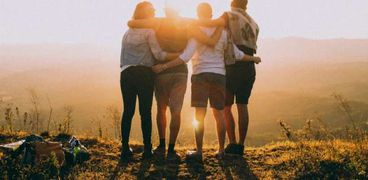 يوم الصداقة العالمي .. 6 فوائد لوجود الأصدقاء في حياتنا