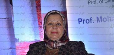 الدكتورة سوزان سلامة رئيس قسم أمراض الصدر بكلية الطب بجامعة أسيوط