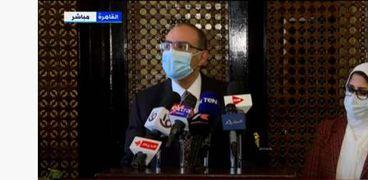 الدكتور حسام حسني رئيس اللجنة العلمية لمكافحة فيروس كورونا