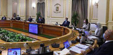 اجتماع مجلس الوزراء لعرض مستجدات فيروس كورونا