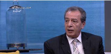 الدكتور أشرف عقبةرئيس أقسام الباطنة والمناعة بكلية الطب بجامعة عين شمس