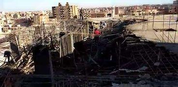 محافظ الإسكندرية مع توقف البناء