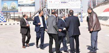 نواب سوهاج اثناء انسحابهم من زيارة وزير البترول