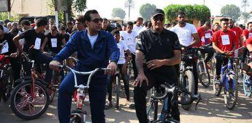 بالصور.. انطلاق ماراثون الدراجات الهوائية من ساحة معبد دندرة بقنا
