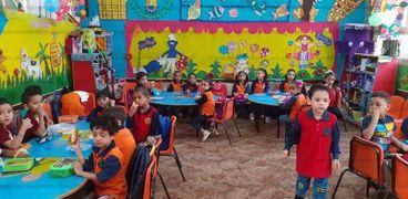 استعدادات أحد فصول رياض الأطفال في مدينة قويسنا بالمنوفية