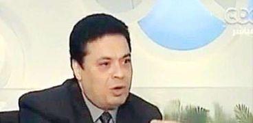 الدكتور عادل عصمت رئيس حزب الغد