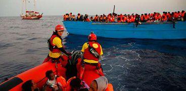 إنقاذ مهاجرون