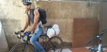 «خالد» على دراجته