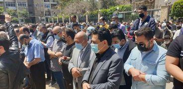 جنازة مكرم محمد أحمد