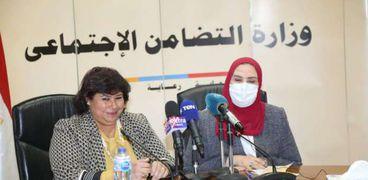 القباج وعبد الدايم يشهدان توقيع بروتوكول تعاون بين بنك ناصر الاجتماعي ووزارة الثقافة