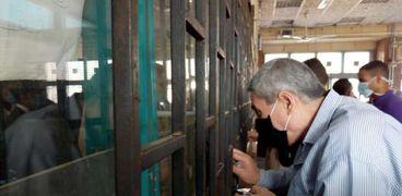 المترو يبدأ قرار صرام بارتداء الكمامة بسبب إصابات فيروس كورونا
