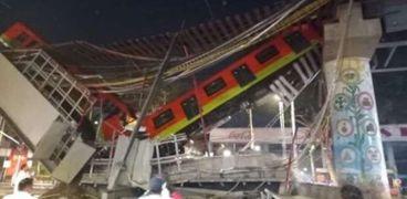انهيار الجسر في المكسيك