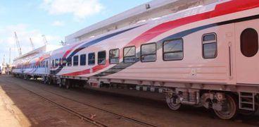 وصول عربات قطارات ركاب جديدة للإسكندرية: درجة ثالثة بتهوية ديناميكة