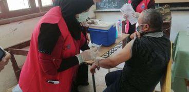 تطعيم المعلمين