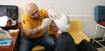مبادرة حياة كريمة لعلاج العيون