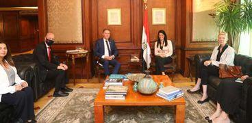 وزيرة التعاون الدولي تلتقي نائب المدير التنفيذي لصندوق الأمم المتحدة للسكان