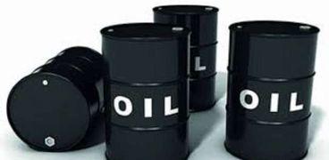 لجنة مشتركة تسجل تحسنا في سوق النفط