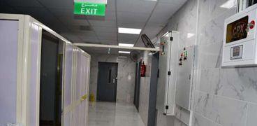 محافظ الفيوم يتفقد مستشفى الحميات لمراجعة مخزون الأكسجين