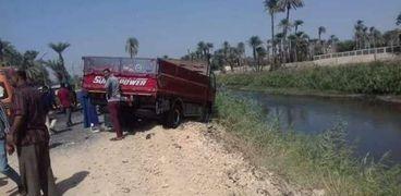 السيارة النقل المتسببة في الحادث