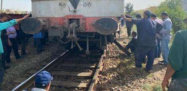 تفاصيل حادث خروج قطار المنصورة دمياط عن القضبان اليوم