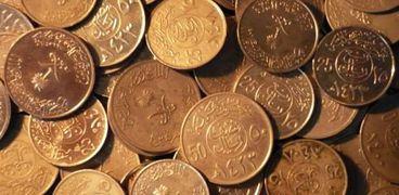 عملات معدنية عمرها تجاوز الـ100 سنة