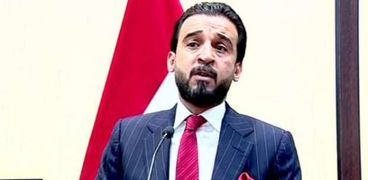 """رئيس البرلمان العراقي يتهم الحكومة بـ""""التقصير"""" تجاه البصرة"""