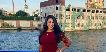 مونيكا إحدى ضحايا عقار جسر السويس المنهار