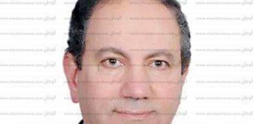 الدكتور طارق الديسطي