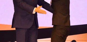مصطفي نوفل مع الرئيس السيسي