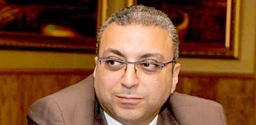 الدكتور أحمد عطا
