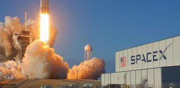 """""""سبيس إكس"""" تطلق بنجاح قمر صناعي مخصص لخدمات تحديد المواقع"""
