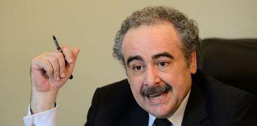الدكتور علاء عبدالهادي