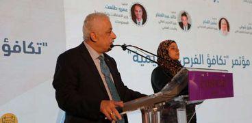 وزير التربية والتعليم خلال المؤتمر