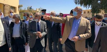 زيارة الوزير لمدينة الطور