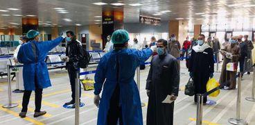 جانب من الإجراءات الاحترازية المتخذة بمطار الأقصر الدولي