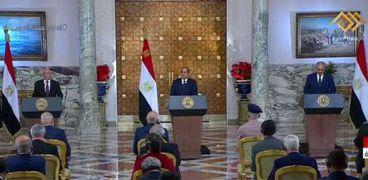 بكمامات وتباعد.. مؤتمر الاتحادية يناقش القضية اللييبة بإجراءات وقائية