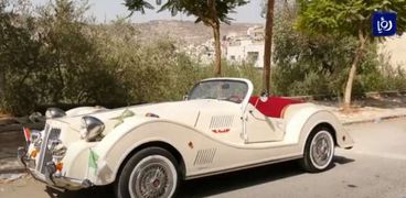 سيارة كلاسيكية