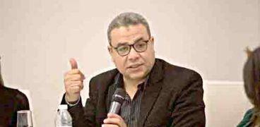 الإعلامي سمير عمر