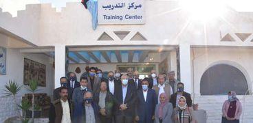 وزير الزراعة  ومحافظ مطروح يفتتحان مركز تدريب بحوث الصحراء