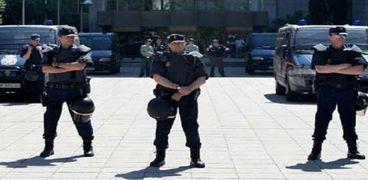 عناصر من القوات الأامنية في الشيشان