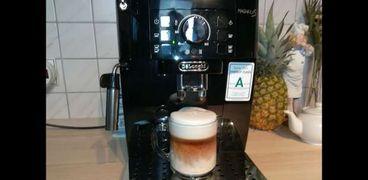 """خبير يحذر من آلات صنع القهوة """"بوابة الهاكرز"""" لسرقة البيانات المصرفية"""