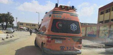 إصابة عامل وممرضة بتسمم غذائي في سوهاج