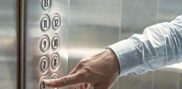إصابة 8 أشخاص في حادث سقوط مصعد بمستشفى بالفيومللمرة الثانية في أسبوع