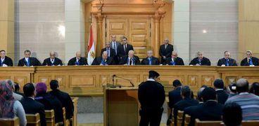 هيئة المحكمة خلال النظر فى إحدى القضايا «صورة أرشيفية»