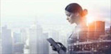 بنك التعمير والإسكان يحتفل بالمرأة بـ«فلسفة جديدة»